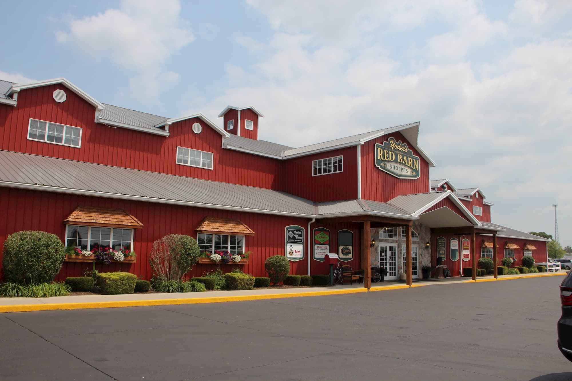 Barn Style Retail Building Indiana